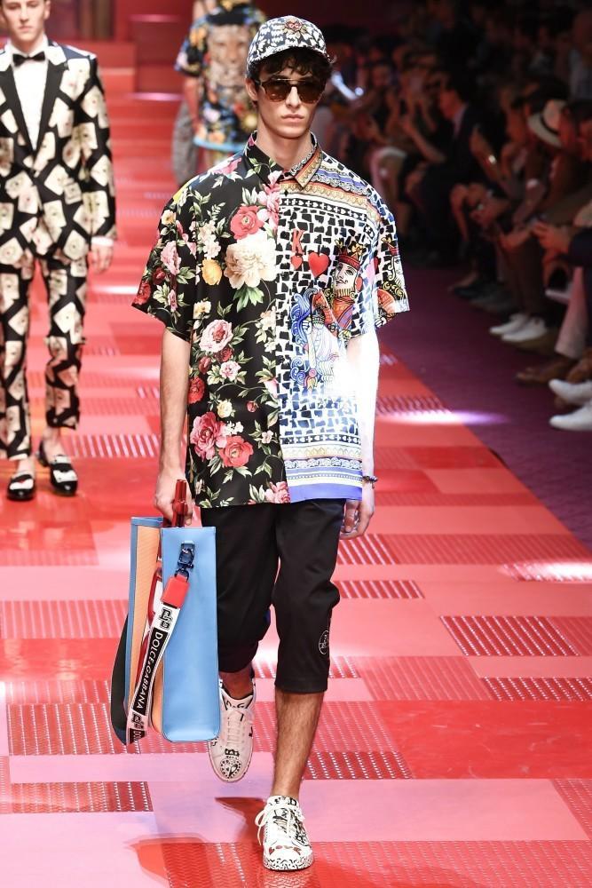 温柔的,Gabbana S / S 18人的节目