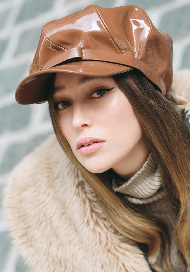 Alycia Debnam-CareyAlycia Debnam-Carey