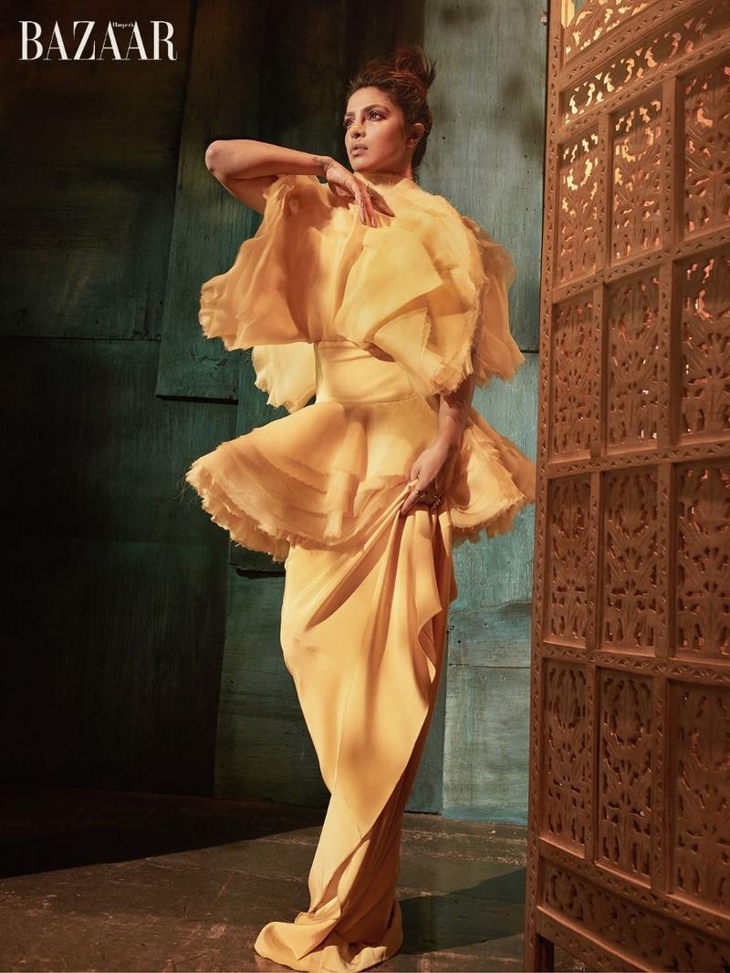 《时尚芭莎》越南Harper's Bazaar Vietnam