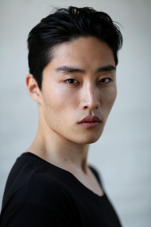 姓名:Ryu Wankyu职业:MODEL