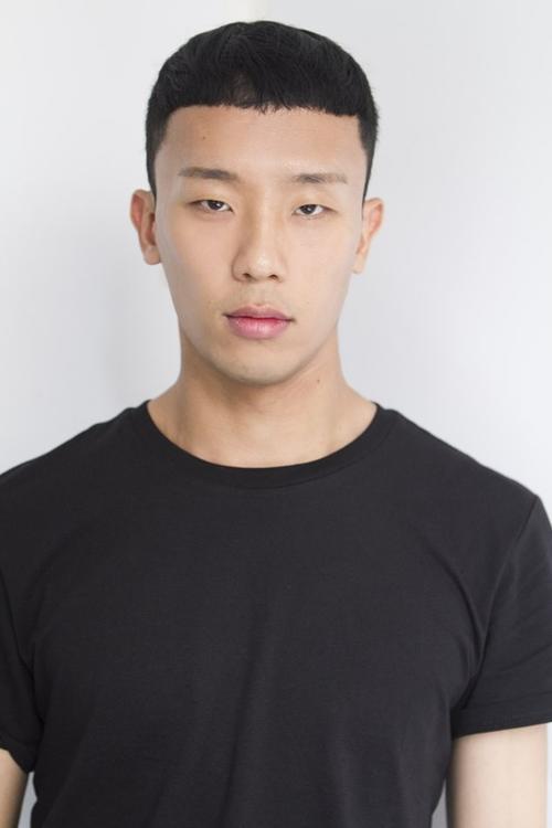 姓名:Joon Ki Min职业:MODEL
