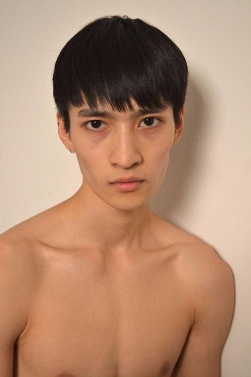 姓名:Ye Xiang职业:MODEL