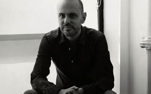 姓名:Stephan Moskovic职业:EDITOR