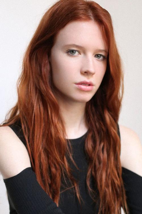 姓名:Charlotte Stevens职业:MODEL