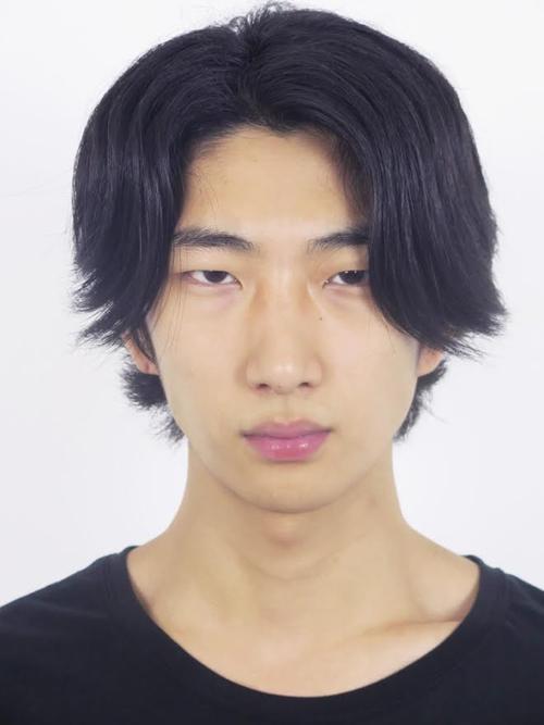 姓名:Bom Chan Lee职业:MODEL