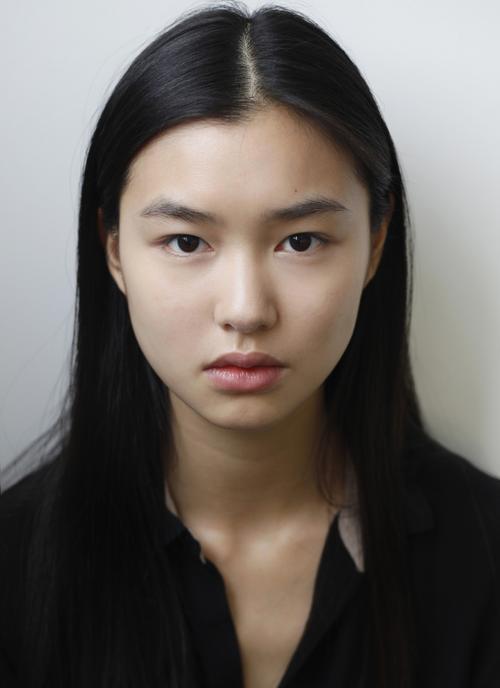 姓名:Estelle Chen职业:MODEL