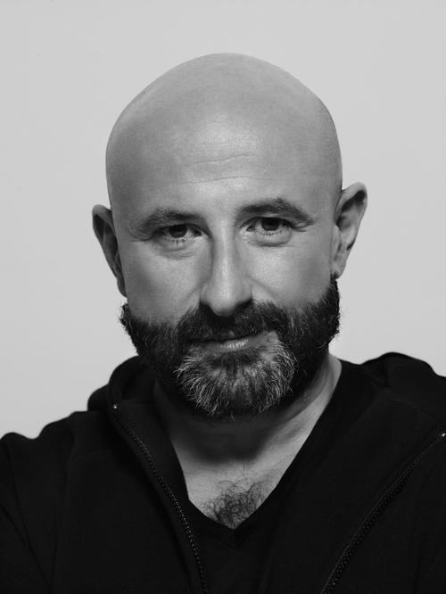 姓名:Laurent Dombrowicz职业:FASHION EDITOR STYLIST